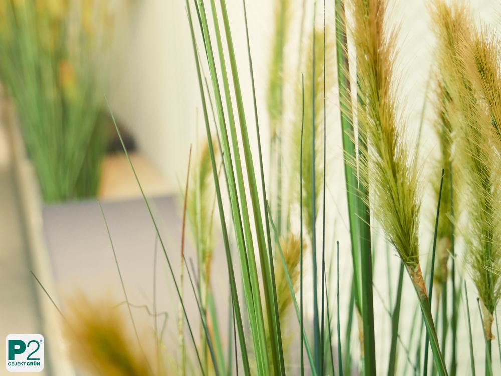 Künstliche Gräser für eine Grasdüne
